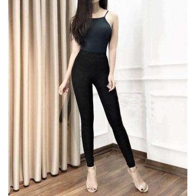 Quần Legging với thiết kế tối giản, không cúc, không túi