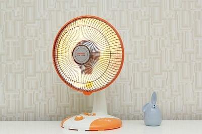 Có thể dùng quạt sưởi điều chỉnh nhiệt độ phòng ngủ