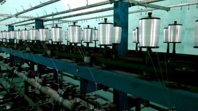 Sợi vải được se thành các cuộn chỉ