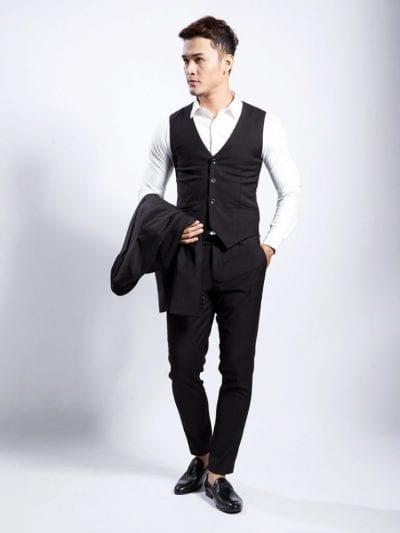 Gile (hay còn gọi là Vest) là chiếc áo mặc trong Jacket Suit