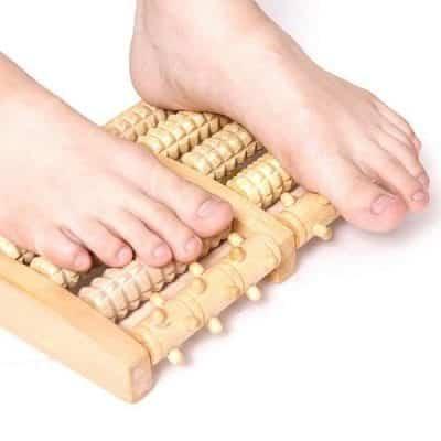 Thảm gỗ lăn Massage chân – món quà sinh nhật mang ý nghĩa cầu chúc sức khỏe cho chàng