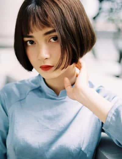 Tóc ngắn cho mặt tròn tóc dày