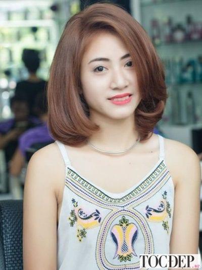 Mẫu tóc uốn cụp dài