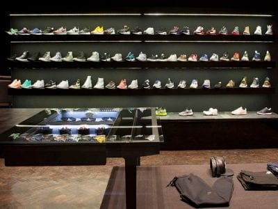 top 10 shop giay sneaker dep va chat luong nhat tai tphcm 10