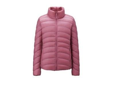 Ijapan Store cung cấp những sản phẩm quần áo mang thương hiệu đến từ Nhật Bản, đặc biệt là nhãn hiệu Uniqlo nổi tiếng