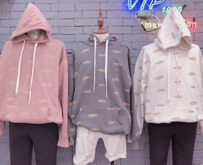 Những mẫu hoodie tại đây mang màu sắc riêng biệt của shop với thiết kế đơn giản, màu sắc đa dạng, chất liệu vải tốt