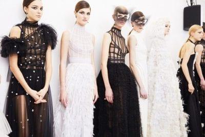 Tuần lễ thời trang Haute Couture nơi mà các nhà thiết kế giới thiệu tác phẩm của mình