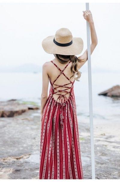 Váy đan dây