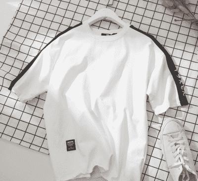 Áo thun Unisex vải Thái bền màu – giá sỉ 39,000 – 48,000đ /cái.