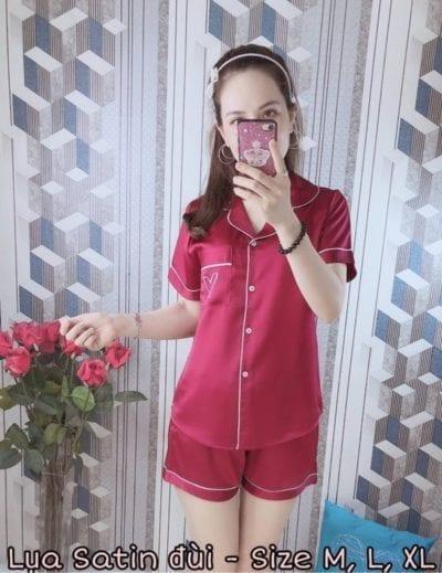 Bộ pijama lụa satin quần đùi mẫu mới 2019 – Giá sỉ theo số lượng: 87,000 – 92,000đ /bộ.