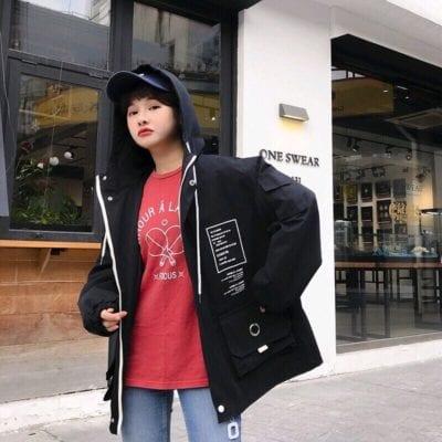 Áo khoác nữ túi hộp – giá sỉ theo số lượng 90,000 – 95,000đ /cái.