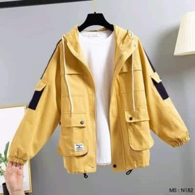 Áo khoác nữ thiết kế 6 túi – giá sỉ 95,000đ /cái.