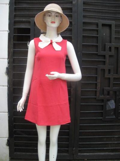 Đầm suông công sở – giá sỉ theo số lượng: 130,000 – 140,000đ /cái.