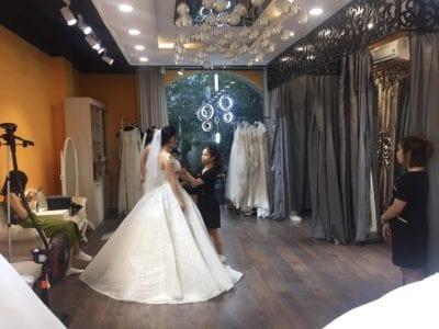 Không gian thử váy tại Cát Tường Bridal