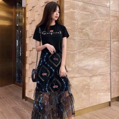 Set bộ thun chân váy ren – giá sỉ 320,000đ /cái.