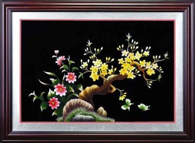 Tranh thêu Hoa Tay Việt