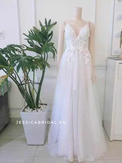 Váy cưới thiết kế đặt may theo số đo của khách hàng tại Jessica Wedding