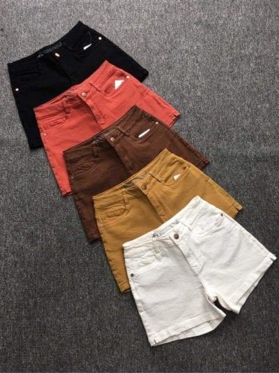 Quần short jean màu – giá sỉ 135,000đ /cái.