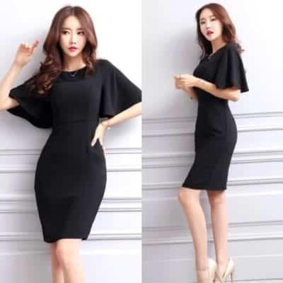 Đầm body đen cánh dơi – giá sỉ theo số lượng: 130,000 – 140,000đ /cái.