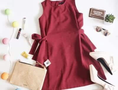 Ngoài quần áo thời trang đã qua sử dụng, shop Handover còn có cả giày dép, mỹ phẩm, và tất cả đều là hàng secondhand