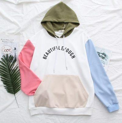 Dòng sản phẩm áo khoác được ưa chuộng nhất tại Gaugau shop là những chiếc áo có màu sắc tươi sáng freesize