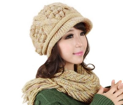Những chiếc mũ len tại Baza không chỉ ghi điểm bởi kiểu dáng, mà còn gây ấn tượng với mọi người bởi chất liệu len cao cấp