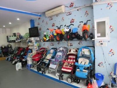 Baby shop 123 là nhà nhập khẩu trực tiếp và phân phối các mặt hàng như nôi trẻ em, xe đẩy em bé, xe đẩy trẻ em, máy tiệt trùng bình sữa, máy hâm sữa…