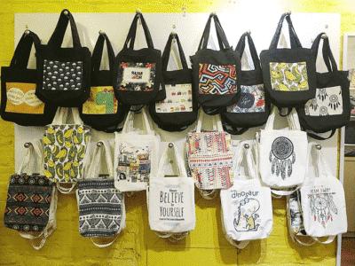 Ziczac Design chuyên bán túi xách với nhiều mẫu mã đa dạng được thiết kế theo nhiều phong cách khác nhau
