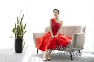 Min Boutique là shop thời trang khá nổi tiếng ở Hà Nội, dành cho những cô nàng theo đuổi phong cách nhẹ nhàng nữ tính