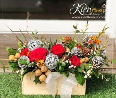 Kiến Flowers được thành lập bởi các bạn trẻ yêu thích hoa, năng động và sáng tạo