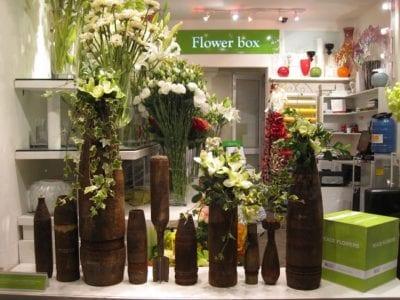 Flower Box là một thương hiệu cao cấp với đầy đủ các dịch vụ liên quan đến hoa