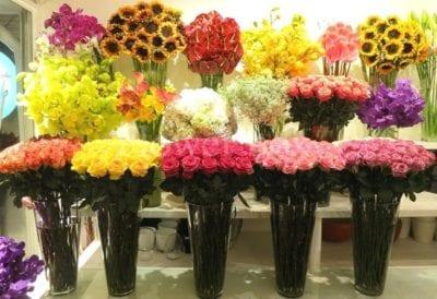 Flower Box mong muốn truyền tải thông điệp yêu thương qua những bó hoa tươi thắm