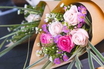 Kiến Flowers chuyên cung cấp các dịch vụ hoa tươi chất lượng cao
