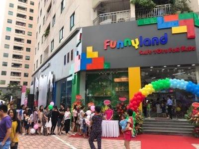 Funny Land cung cấp hàng ngàn sản phẩm đồ chơi mang tính sáng tạo và giáo dục cho trẻ nhỏ