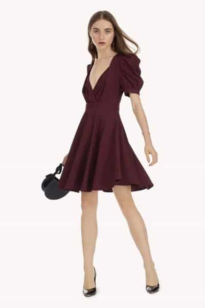 Các mẫu váy xòe đẹp chiếm spotlight trong năm 2021