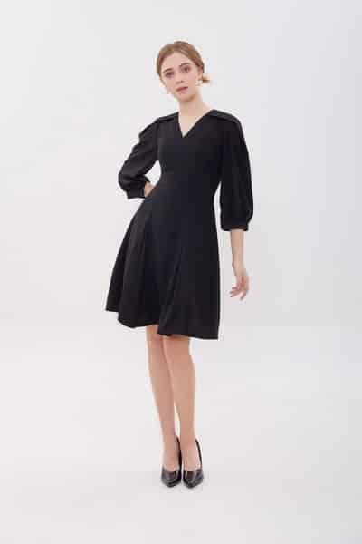 Đầm xòe tay lỡ sắc đen quý phái