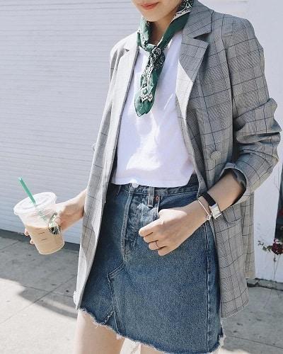 Áo thun + áo Blazer + chân váy jeans