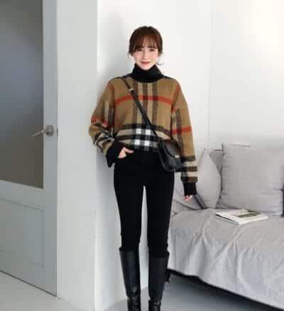 Áo dạ dáng ngắn và quần skinny