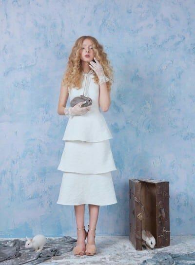 Váy xòe xếp tầng thiết kế đơn giản
