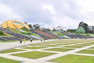 Quảng Trường Lâm Viên: Địa điểm du lịch Đà Lạt 2021 mới nhất