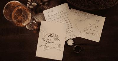 Thiệp chúc Tết được viết bằng tay