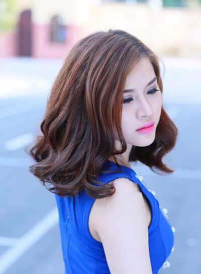 Kiểu tóc xoăn ngắn dành cho người trung tuổi